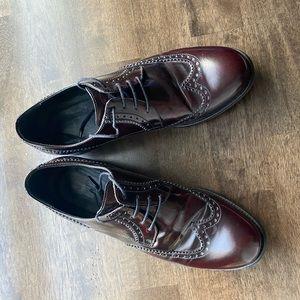 Italian men's leather oxford dress shoes